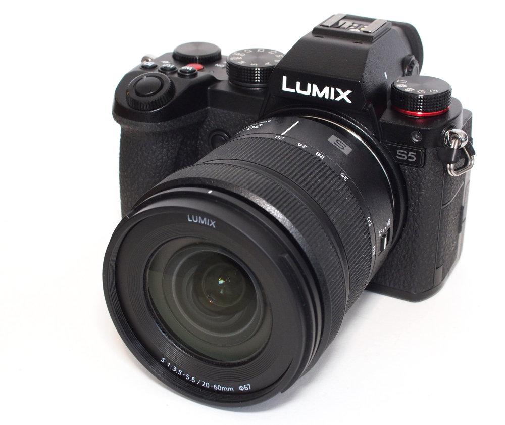 Panasonic Lumix S5 (2)