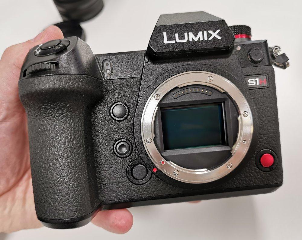 Panasonic Lumix S1H (14)