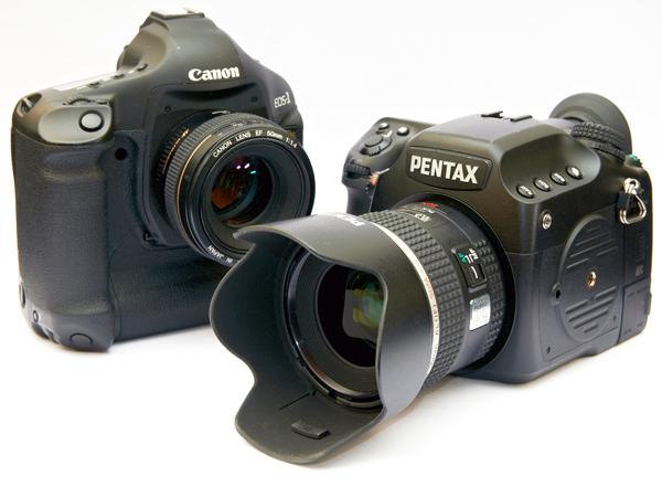 Pentax 645D V Canon EOS 1Ds Mark III