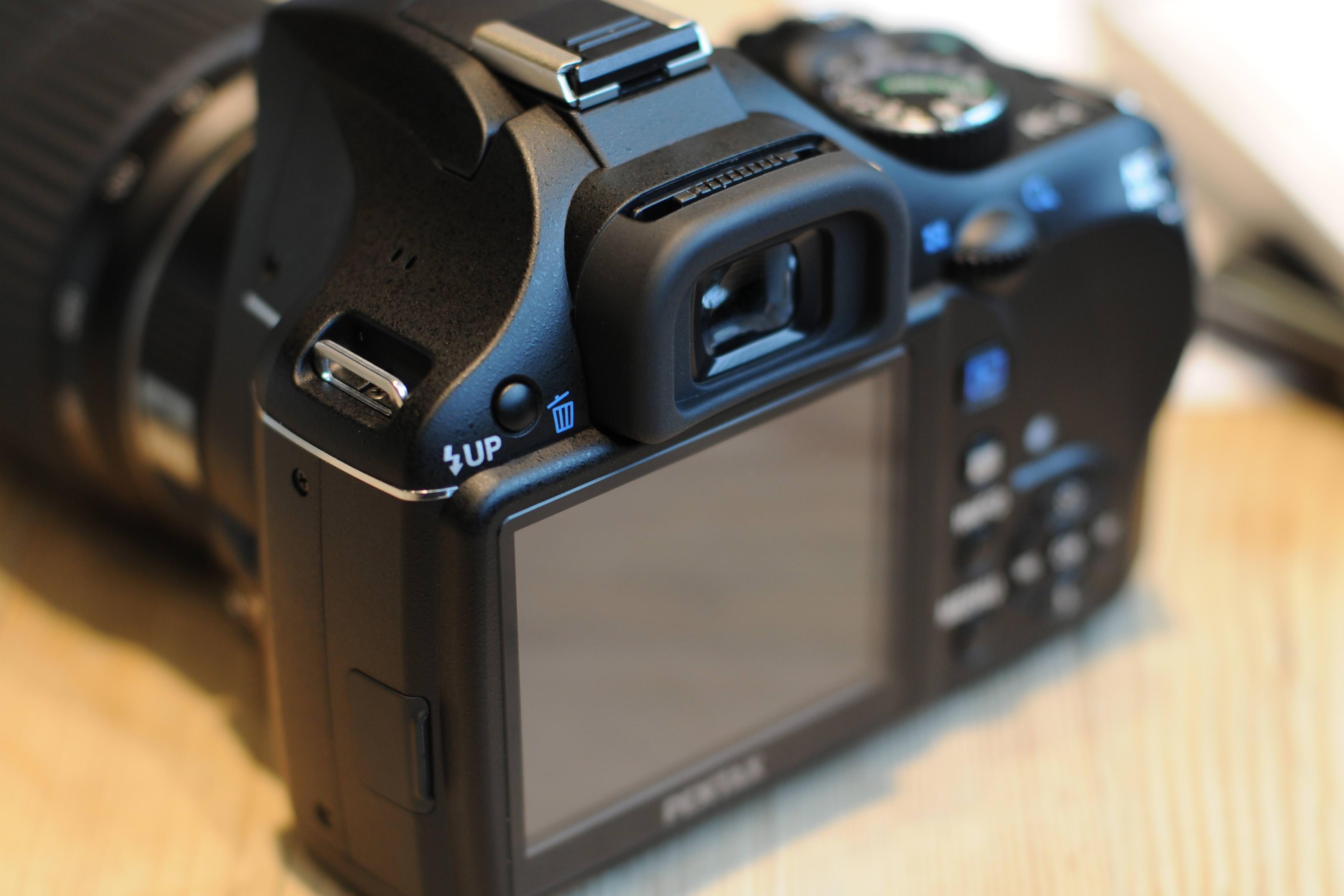 NEW 8Gb Genuine Patriot Memory Card for PENTAX K-7 Digital camera