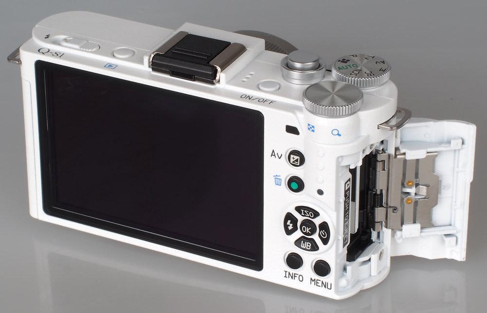Pentax Q S1 White (10)