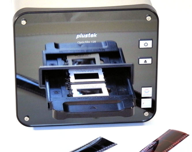 Plustek 120 Front With Film (2)