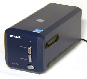Plustek Opticfilm 8100 Film Scanner Review
