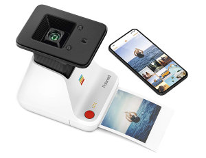 Polaroid Lab Turns Smartphone Photos Into Polaroid Prints