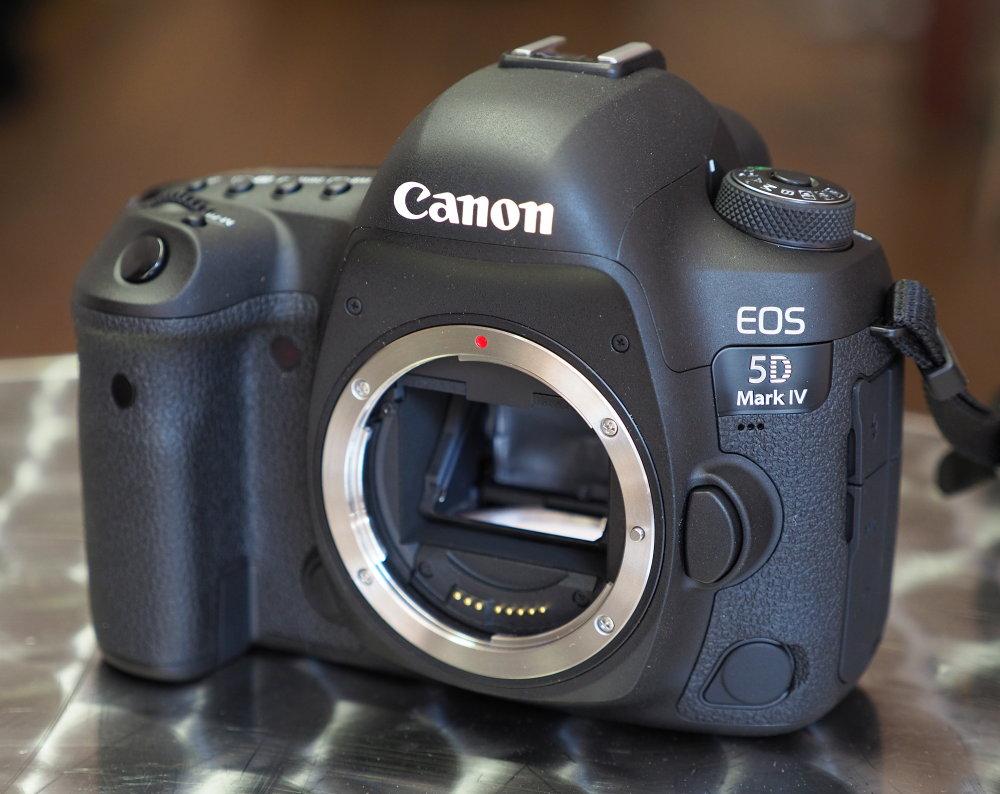 Canon EOS 5D Mark IV (17)
