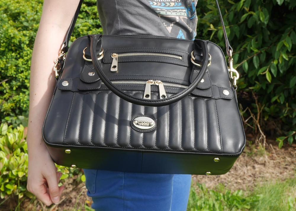 Mooli handbag worn