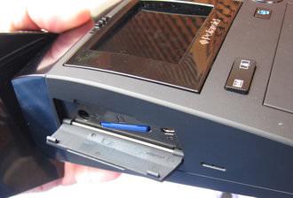 Polaroid GL340 SD Slot