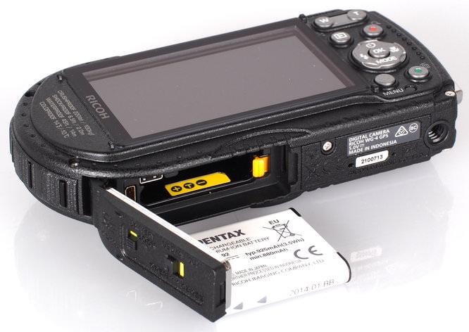 Ricoh WG 4 GPS Black (6)