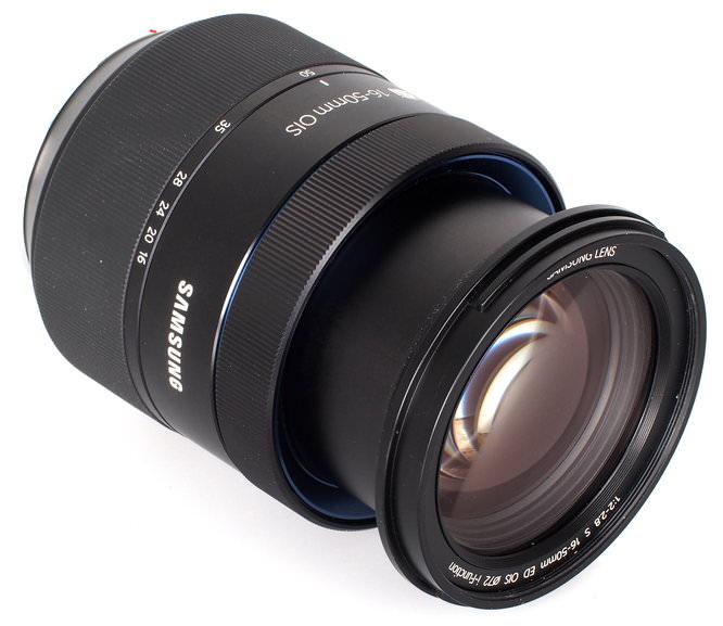 Samsung S 16 50mm F2 8 ED OIS Lens (1)