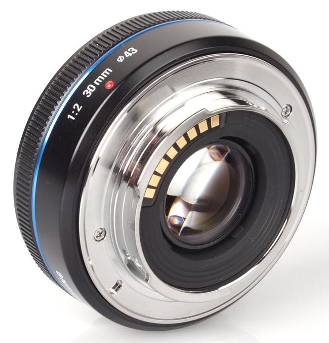 Samsung 30mm Pancake Lens