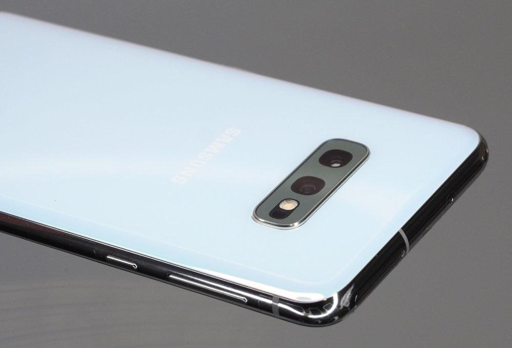 Samsung Galaxy S10e (5)