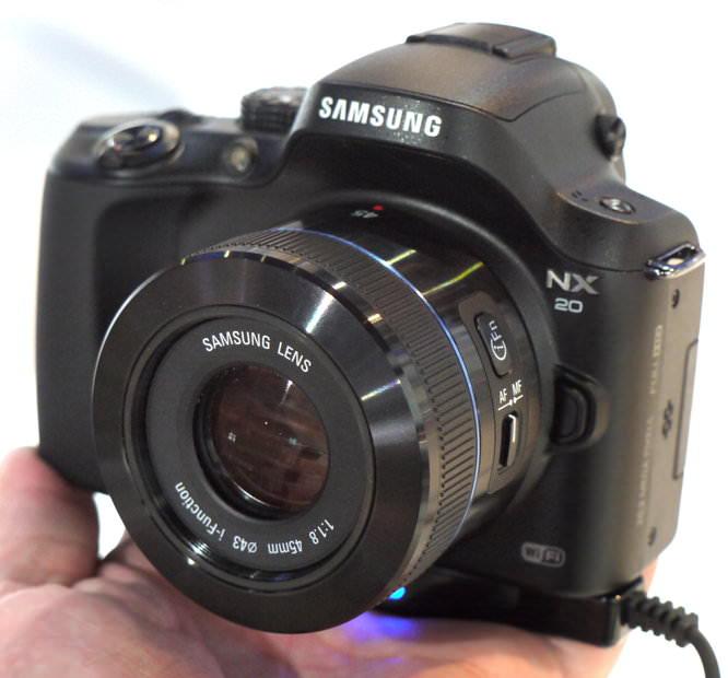 Samsung 45mm Lens (1)