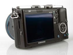 Samsung NX100 back