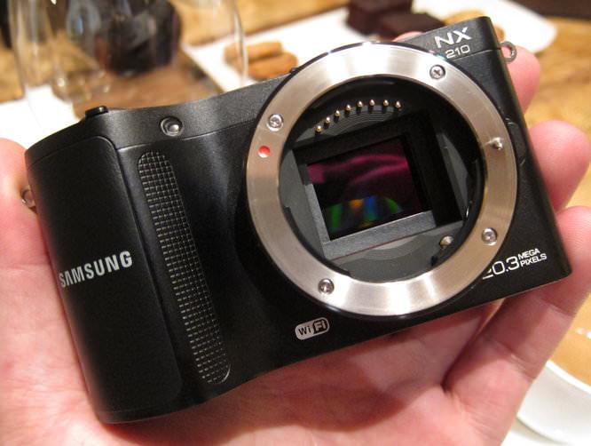 Samsung Nx210 (4)