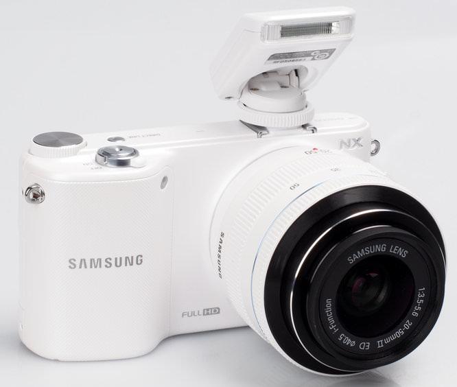 Samsung NX2000 White (8)