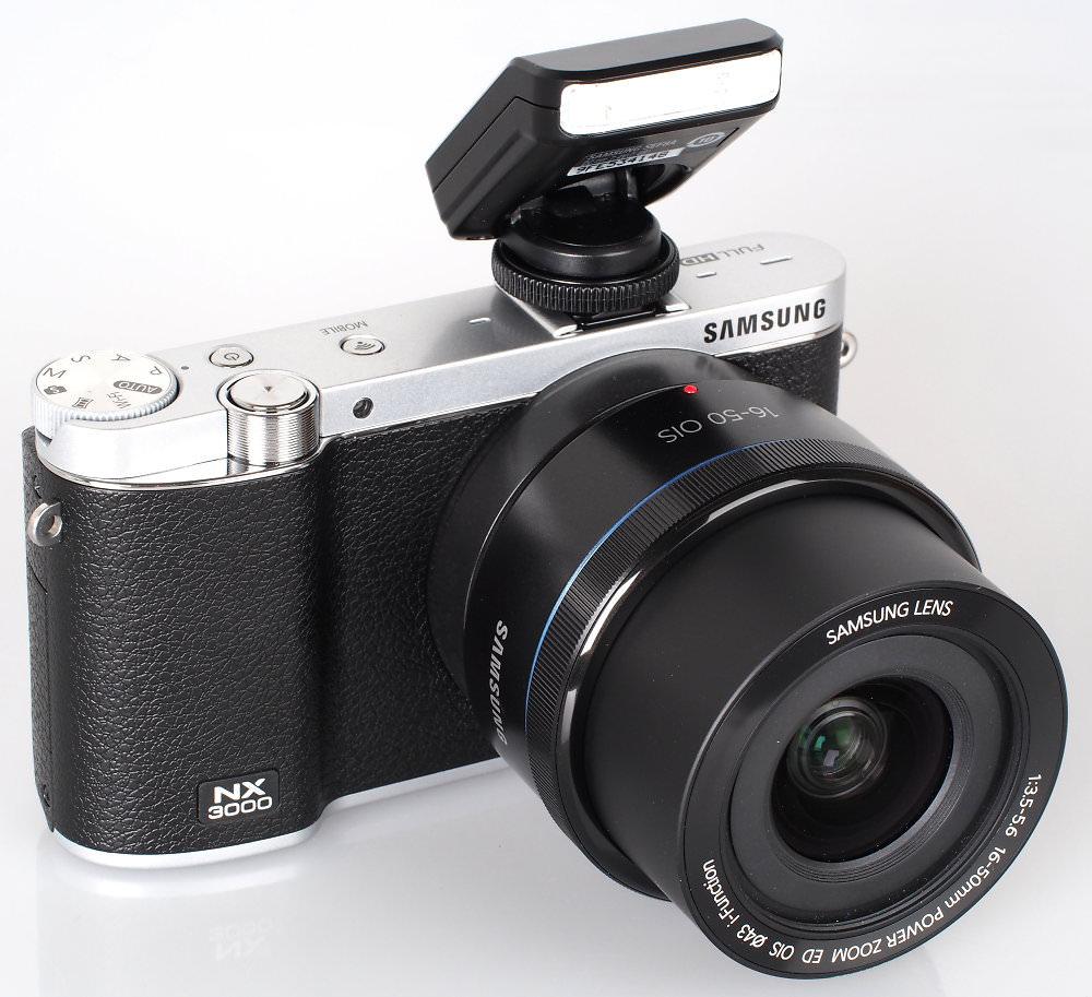 Samsung NX3000 16 50mm Lens Black (4)