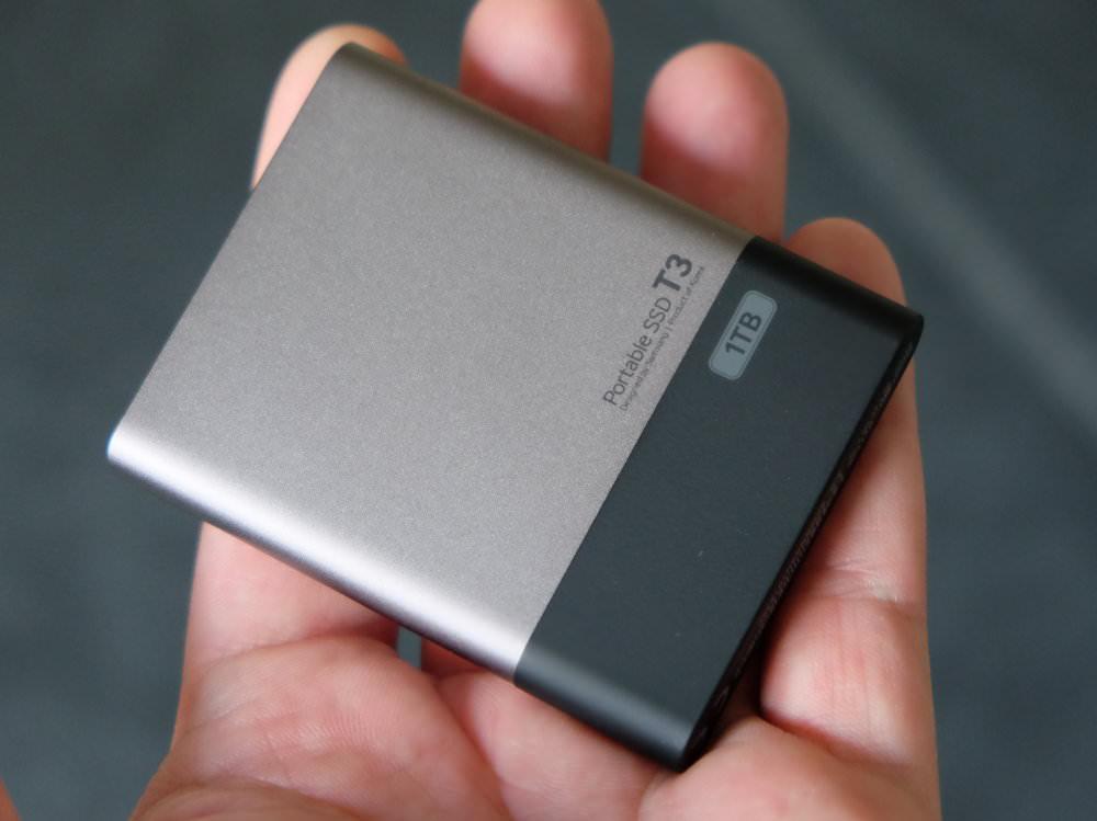 Samsung T3 1TB SSD (2)