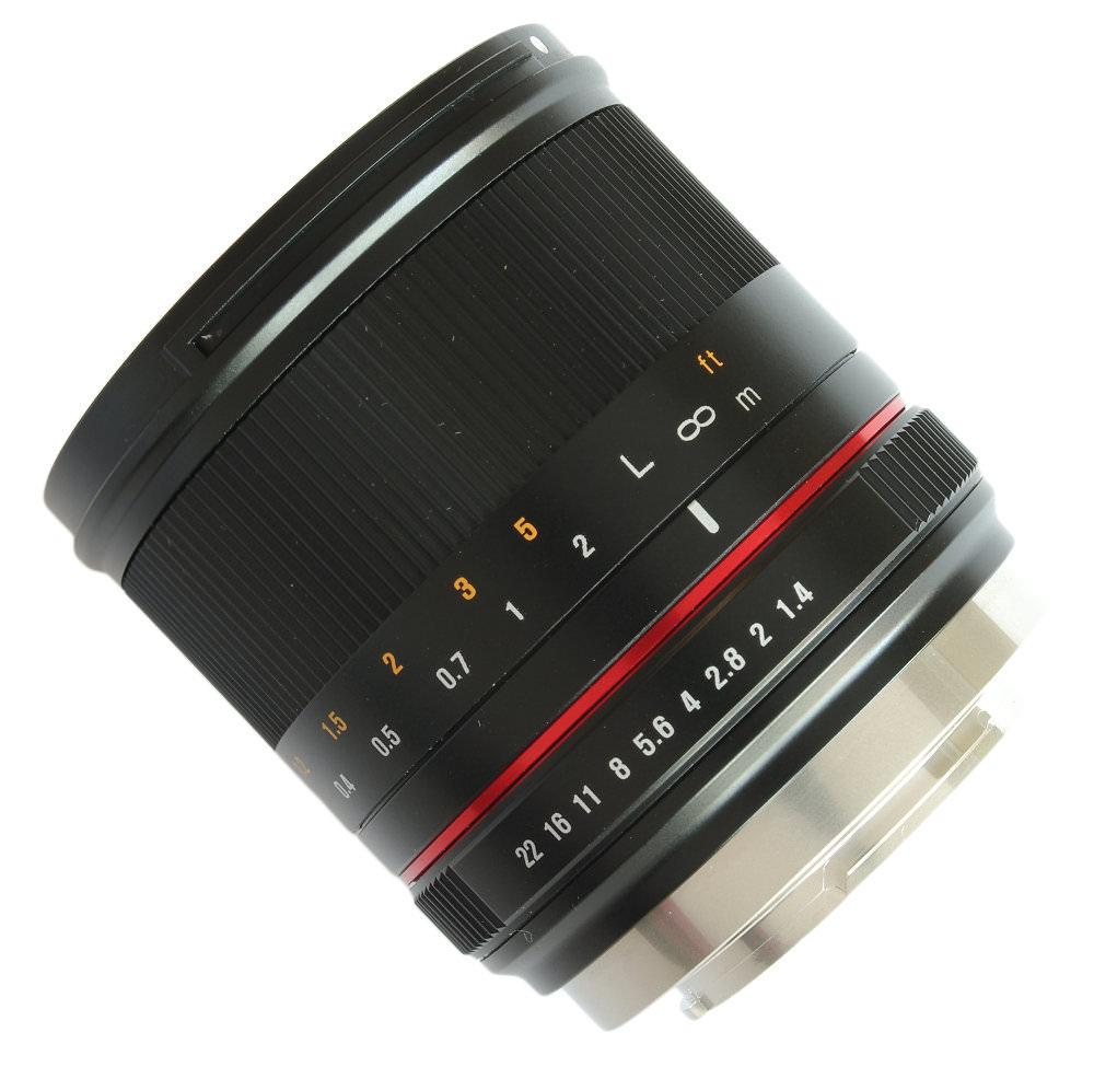 Samyang 21mm F1,4 Lens Diagonal View