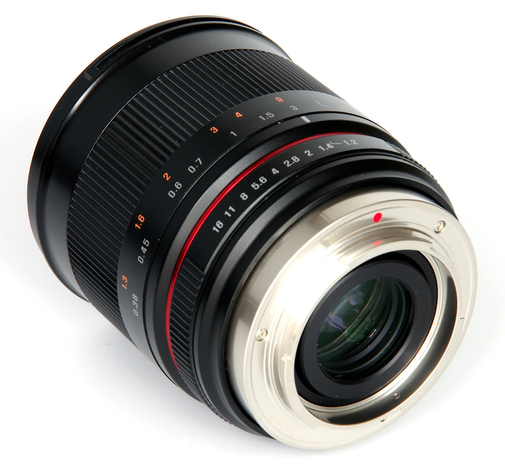 Samyang 35mm F1,2 Rear Oblique View
