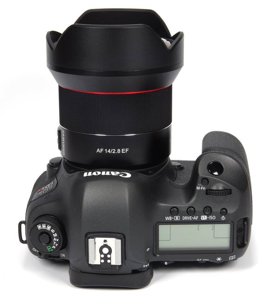 Samyang  Af 14mm F2,8 Ef On Canon 5dsr Top View