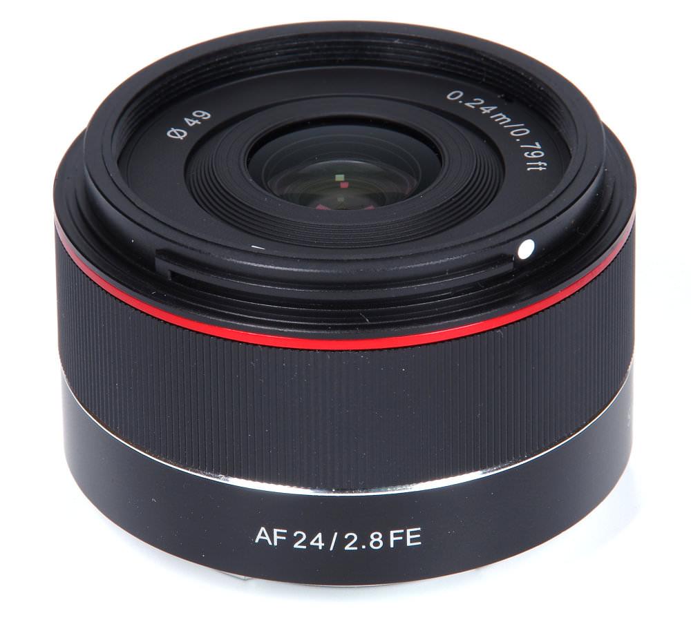 Samyang Af 24mm F2,8 Fe Vertical View