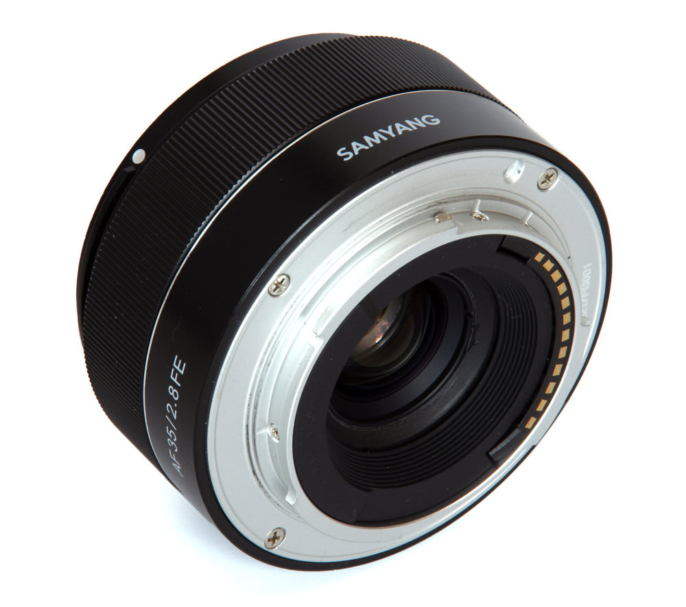 Samyang 35mm F2,8 Rear Oblique View
