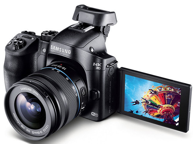Samsung NX30 Tilting EVF Screen