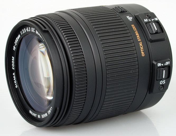 18-250mm f/3.5-6.3 DC Macro OS HSM
