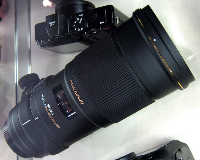 Sigma APO Macro 180mm f/2.8 EX DG OS HSM