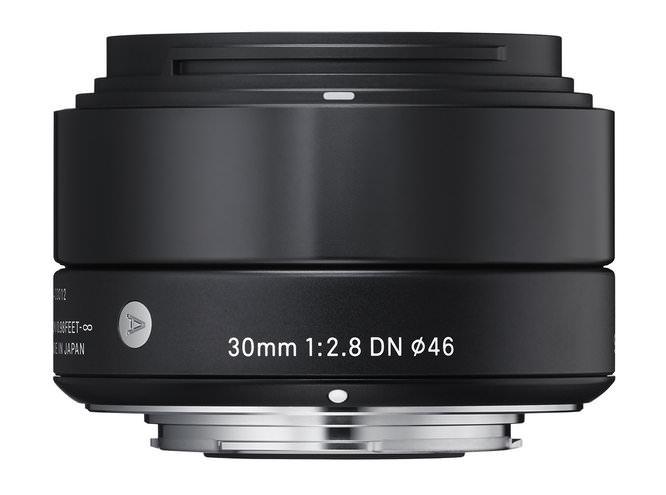 30mm f/2.8 DN