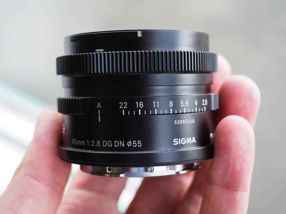 Sigma 45mm 2 8 (1)