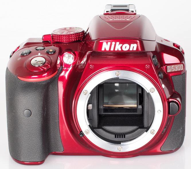 Nikon D5300 Red (7)