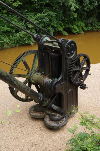 SMC Pentax-FA 31mm f/1.8 AL Limited Lens Crane