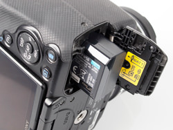 Sony Alpha A33 Digital SLT battery compartment