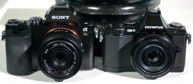 Sony Alpha A7 A7R Vs Olympus OMD E M5 (2) (Custom)