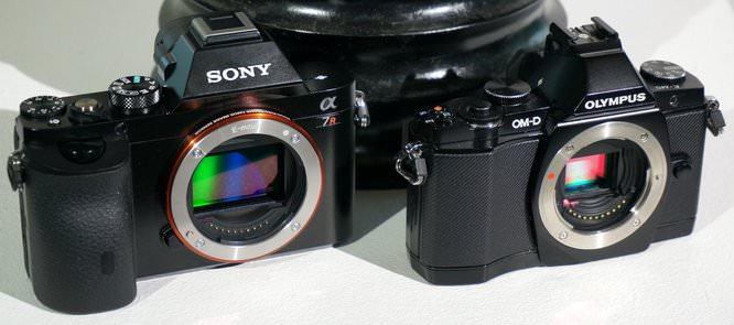 Sony Alpha A7 A7R Vs Olympus OMD E M5 (7) (Custom)