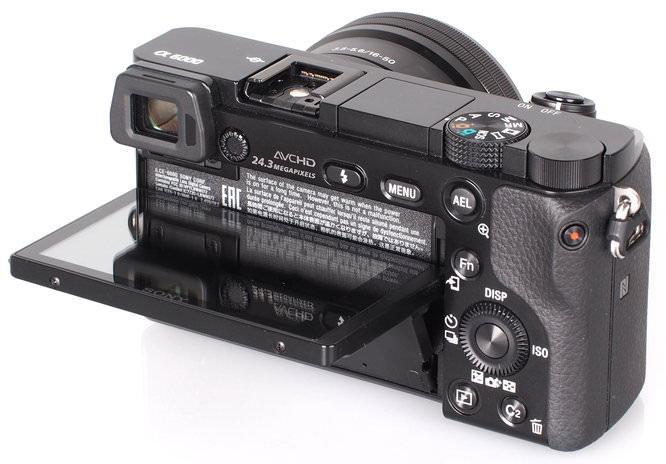 Sony Alpha A6000 (10)