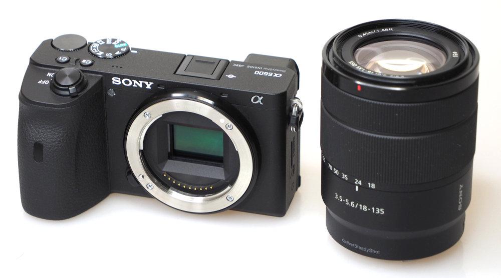 Sony Alpha A6600 (1)