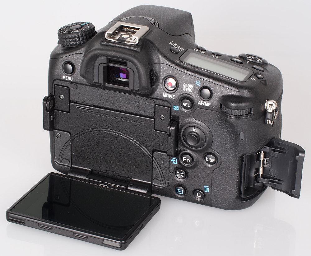Sony Alpha A77 II DSLR (13)