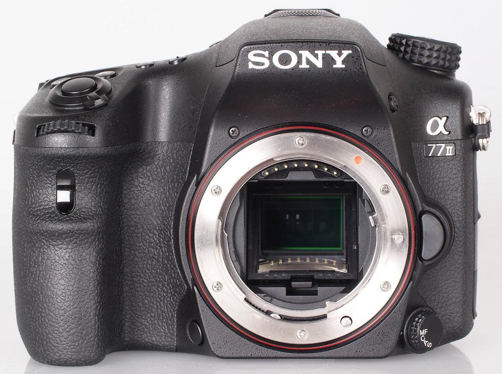 Sony Alpha A77 II DSLR (6)