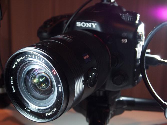 Sony Alpha A99 (6)