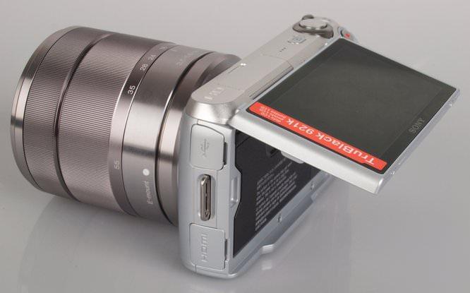 Sony NEX-C3 Angled Screen