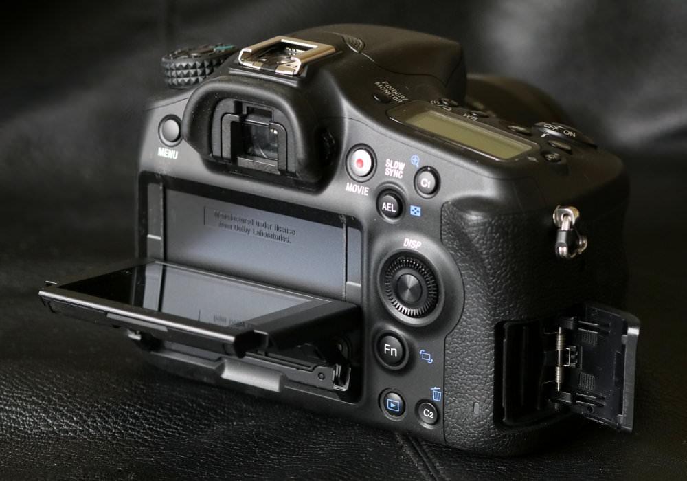 Sony Alpha A68 SLT (7)