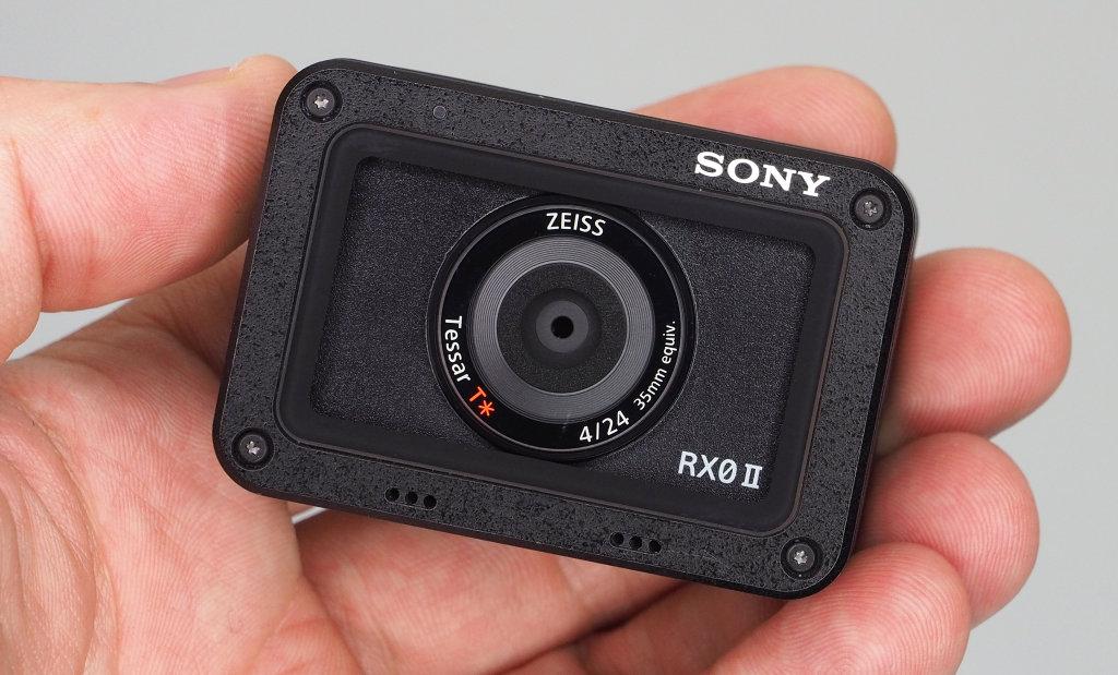 Sony Cyber-shot RX0 II (DSC-RX0M2) Review