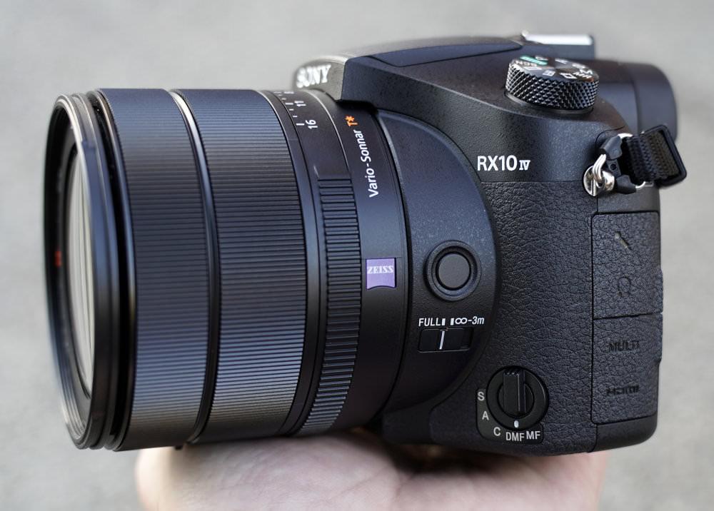 Sony RX10 Mark IV (8)