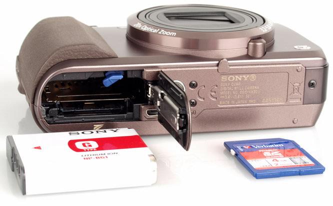 Sony Cyber-shot DSC-HX20V Battery And Memory Card