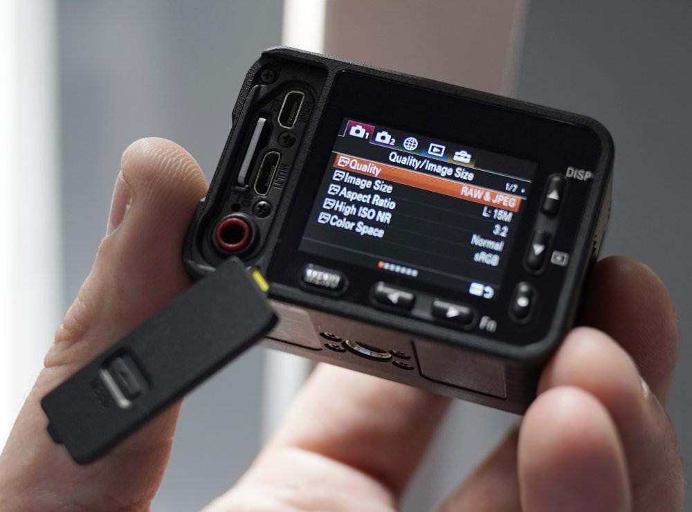 Sony RX0 (7)