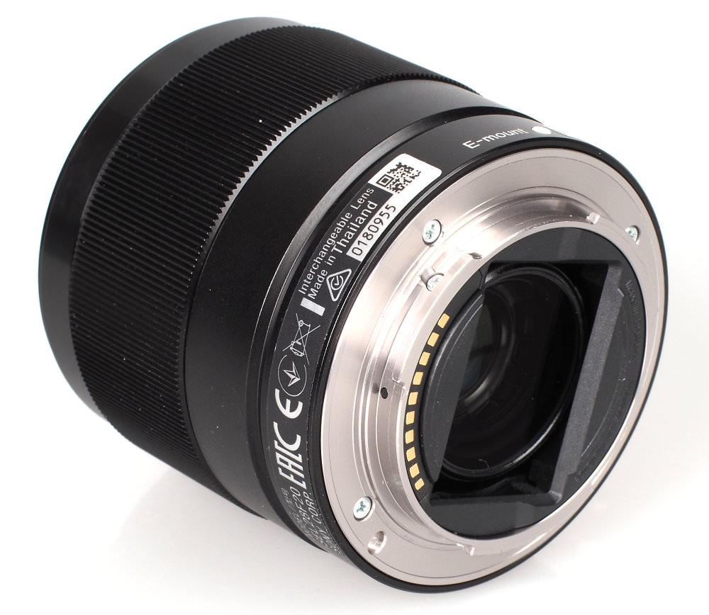 Sony 28mm F2 0 Lens (1)
