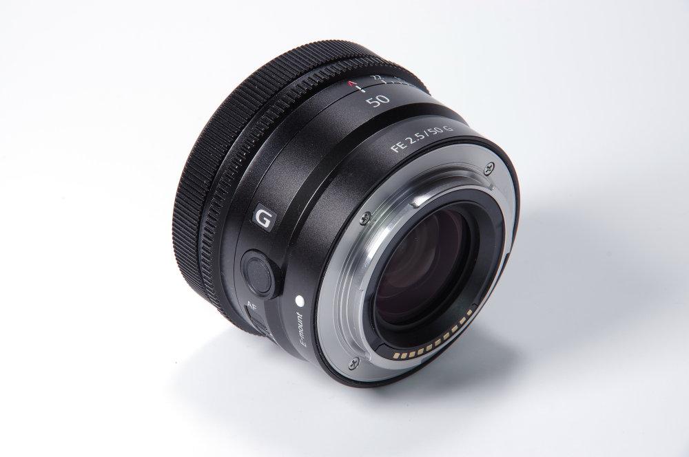 Sony FE 50mm f/2.5G Rear Oblique View   1/4 sec   f/16.0   135.0 mm   ISO 100
