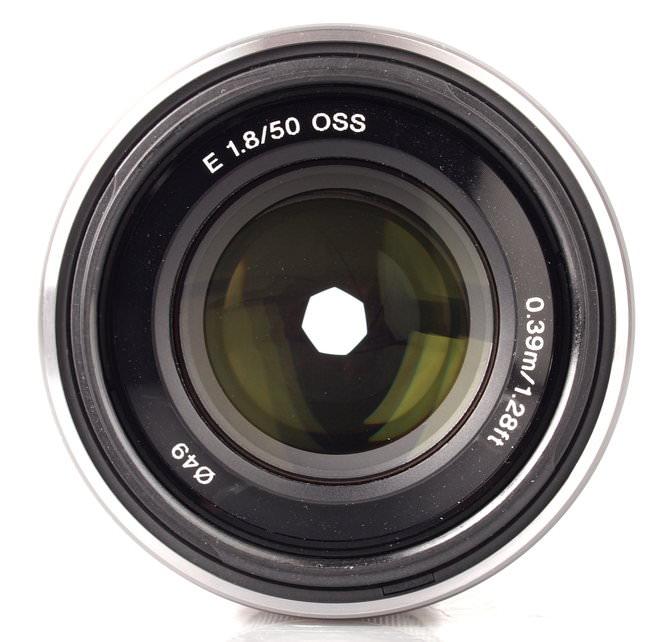 Sony E 50mm F18 Oss (1)